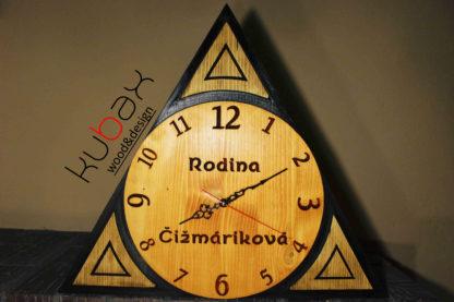dizajnové drevené hodiny
